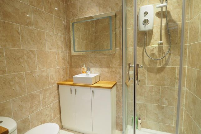 Shower Room of Copse Close, Petersfield GU31