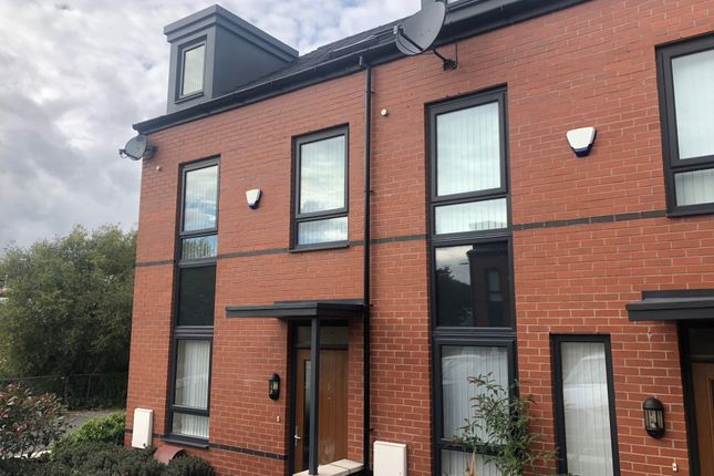 Thumbnail Room to rent in Spinner Street, Stockport