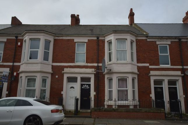 Thumbnail Flat for sale in Wingrove Avenue, Fenham, Newcastle Upon Tyne