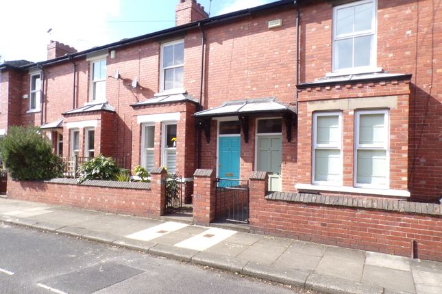 Thumbnail Town house for sale in Sycamore Terrace, York
