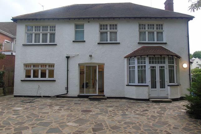Back Of House  of Oakleigh Park North, Totteridge N20