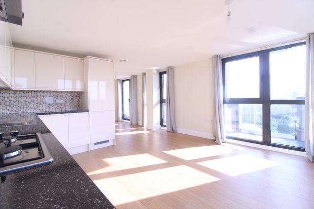 Thumbnail Flat to rent in Charter House, High Road, Ilford