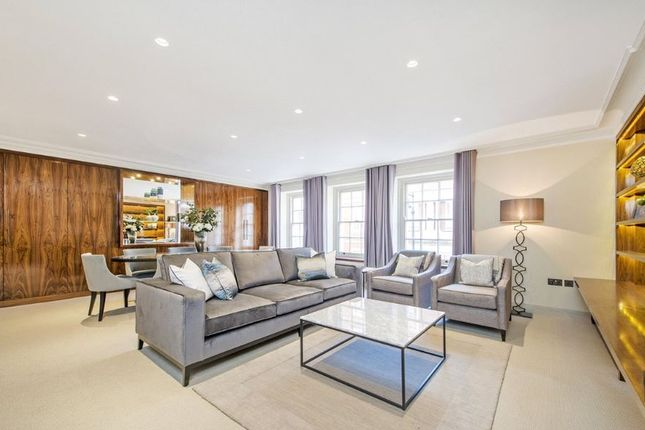 Thumbnail Flat to rent in Balfour Place, London