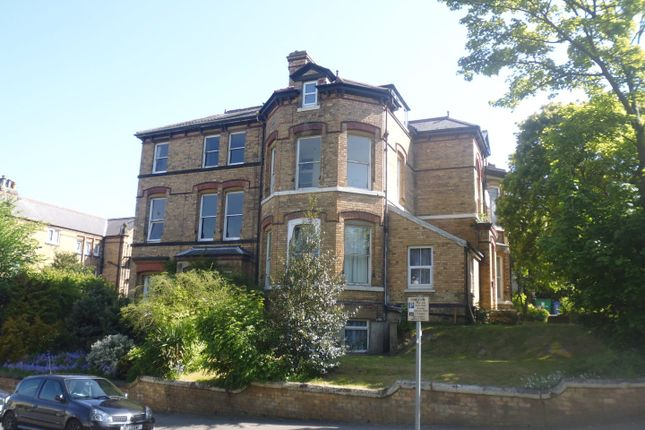 Thumbnail Flat to rent in Cromwell Parade, Scarborough