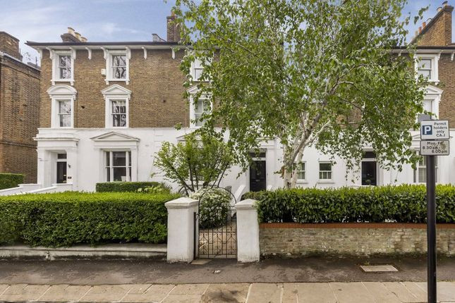 Thumbnail Flat for sale in Harley Road, London