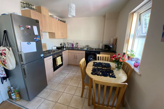 2 bed flat to rent in Salisbury Street, Loughborough LE11