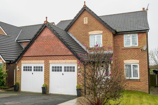 Thumbnail Detached house for sale in Vale Croft, Upholland, Skelmersdale
