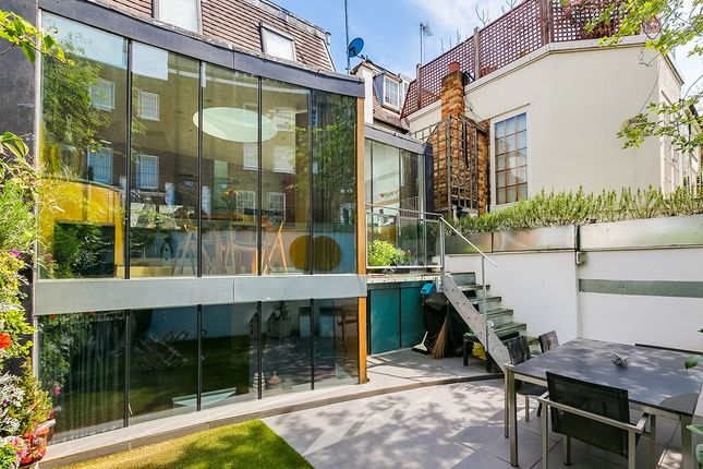 Property for sale in Hillsleigh Road, London