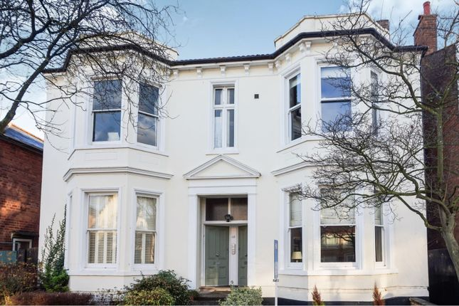 Thumbnail Flat for sale in 46 Russell Terrace, Leamington Spa