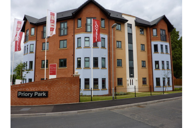 Thumbnail 1 bed flat for sale in Page's Croft, Dudley