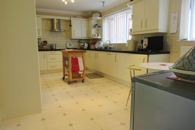 Thumbnail Flat for sale in Cremers Drift, Sheringham