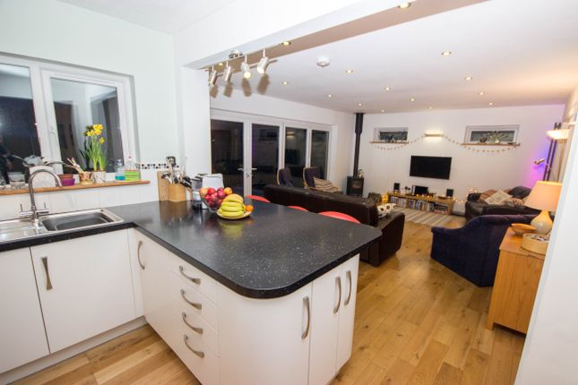 Kitchen / Lounge of Alverstone Road, East Cowes PO32