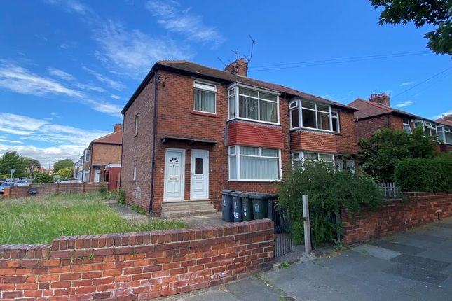 Thumbnail Flat to rent in Verne Road, North Shields