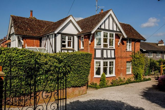 Thumbnail Detached house for sale in Lower Green Road, Tunbridge Wells