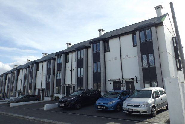Thumbnail Property to rent in Ulalia Road, Newquay