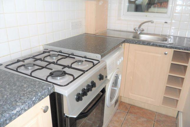 Thumbnail Maisonette to rent in Hounslow Road, Hanworth, Feltham