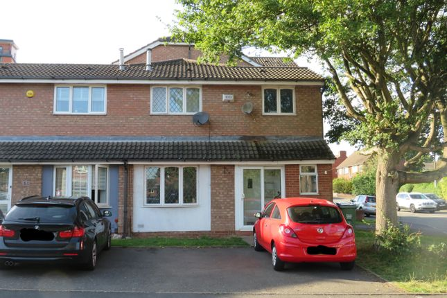 2 bed property to rent in Winchester Close, Rowley Regis B65