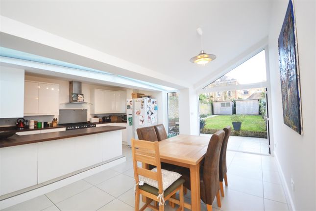 Thumbnail Semi-detached house to rent in London Road, Isleworth