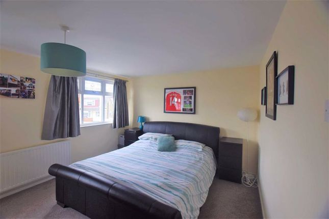 Bedroom of Thames Crescent, Corringham, Essex SS17