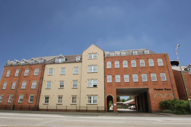 2 bed flat to rent in Peoples Place, Banbury, Oxon OX16