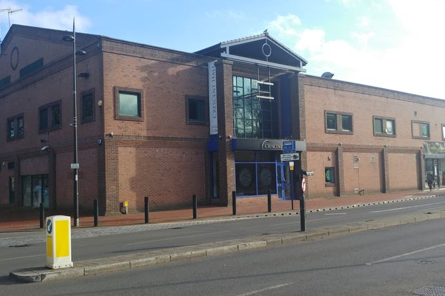 Leisure/hospitality for sale in Dunstable Road, Luton