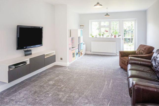 Lounge of Leedhams Croft, Walton-On-Trent, Swadlincote DE12