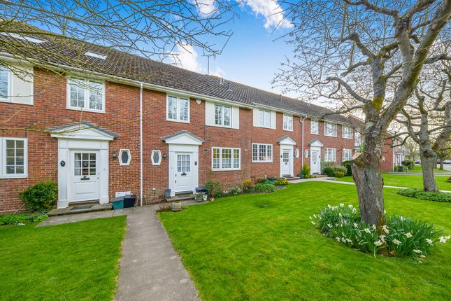 4 bed terraced house for sale in Prae Close, St.Albans