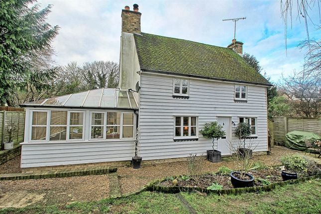Thumbnail Detached house for sale in Red Lion Yard, Wareside, Ware