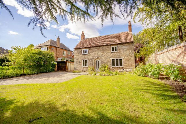 Thumbnail Cottage for sale in High Road, Chilwell, Beeston, Nottingham