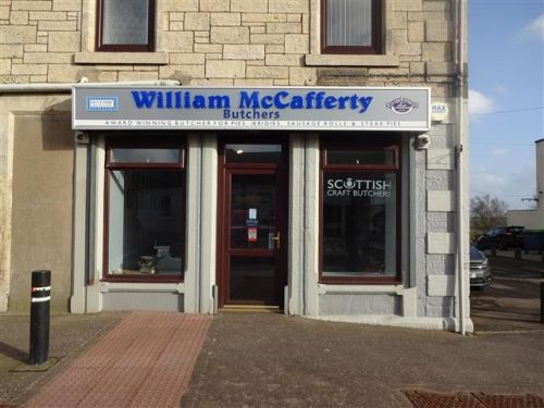 Thumbnail Retail premises for sale in Forth, Lanarkshire