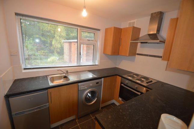 Thumbnail Flat to rent in Gainsborough Road, Keynsham, Bristol
