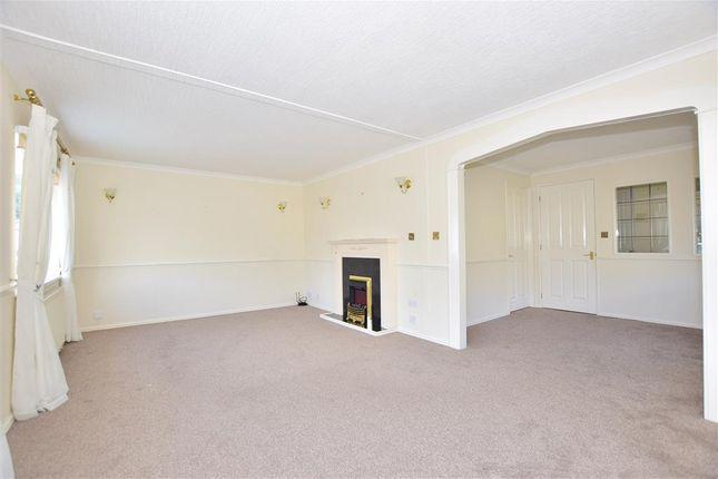 Lounge of London Road, West Kingsdown, Sevenoaks, Kent TN15