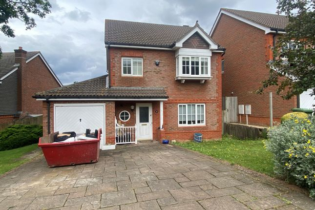 3 bed detached house to rent in Tregony Road, Orpington, Kent BR6