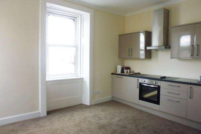 Lounge/Kitchen of Flat 2/1, 24 Argyle Street, Rothesay PA20