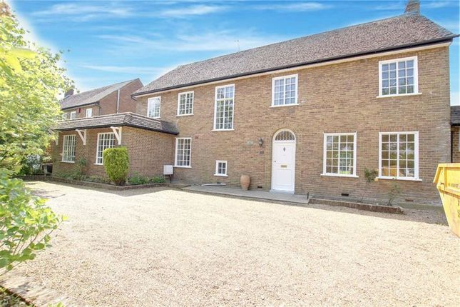 Thumbnail Detached house to rent in Arkley Drive, Arkley, Hertfordshire