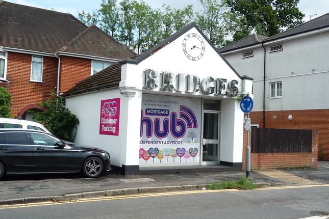 Retail premises to let in Vale Road, Ash Vale