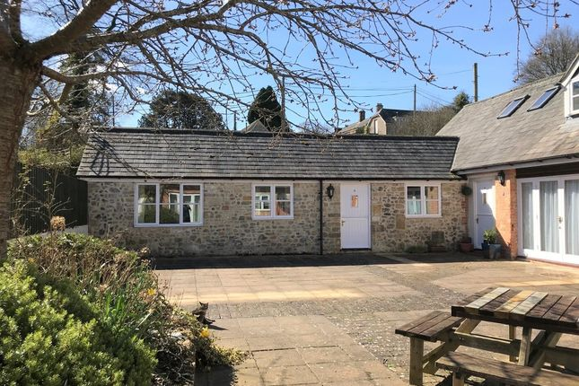 Thumbnail Bungalow to rent in Hooke, Beaminster, Dorset