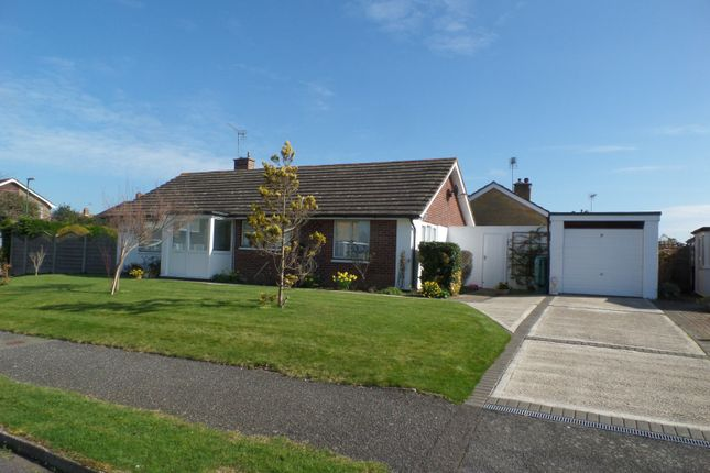 Thumbnail Bungalow to rent in Gordon Avenue, Chichester