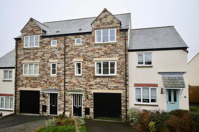 Thumbnail Town house to rent in Hilda Row, St Austell