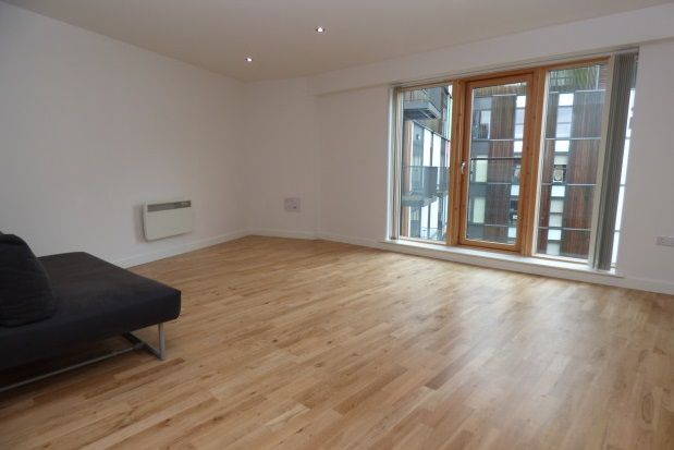 Thumbnail Studio to rent in The Rock, Bury