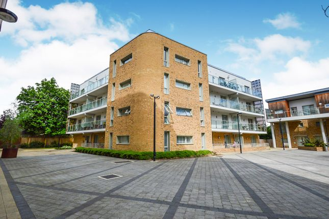 Thumbnail 1 bed flat for sale in Kidwells Close, Maidenhead