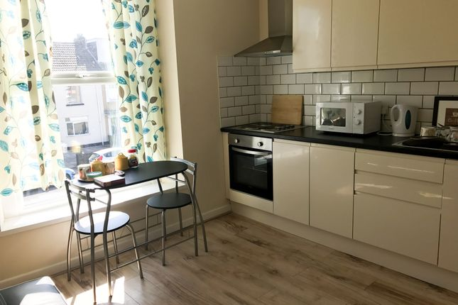Thumbnail Flat to rent in 66 Brunswick Street, Swansea