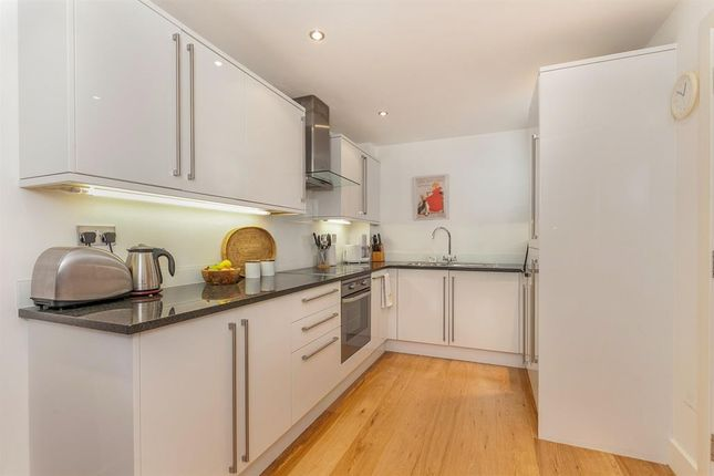 Thumbnail Flat to rent in Creston Court, 50 Fletcher Road, Chiswick