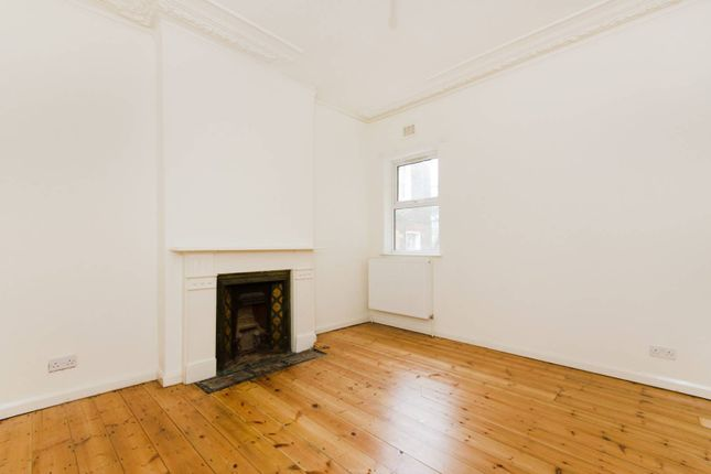 2 bed flat for sale in Minet Avenue, Harlesden