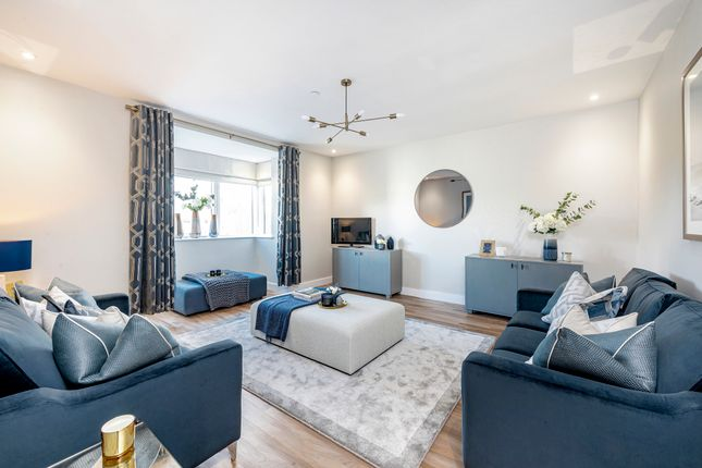 5 bedroom detached house for sale in Cottrell Gardens, Bonvilston, Cardiff