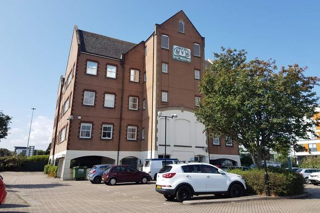 Office to let in Merchants House, Poole