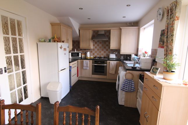 Kitchen Diner of Belmont Close, Kingsteignton, Newton Abbot TQ12