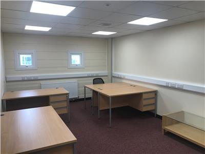 Thumbnail Office to let in First Floor Office Suites, Sandpit Road, Dartford, Kent