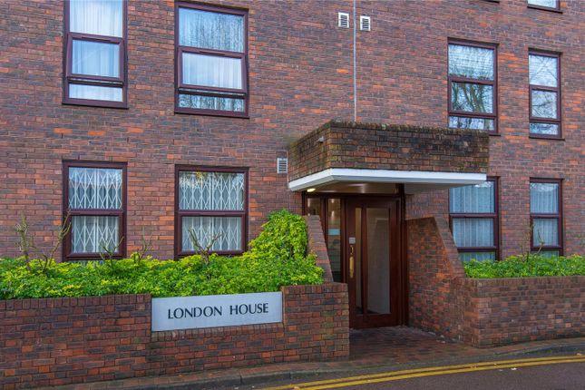 Picture No. 12 of London House, Canons Corner, Edgware HA8