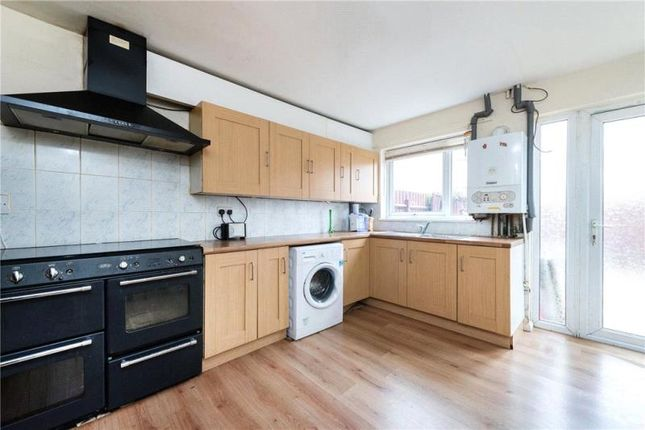 Thumbnail Terraced house to rent in Lambeth Walk, London